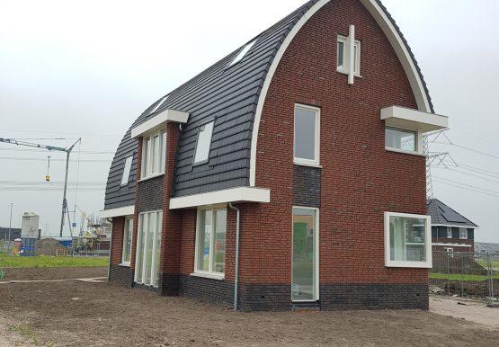 De eerste woning die we in Land van Matena gebouwd hebben.
